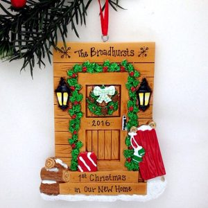 cabin-door-personalized-christmas-ornament-1